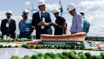 Макет стадиона Мордовия Арена, строящегося в Саранске для проведения матчей чемпионата мира по футболу 2018 года