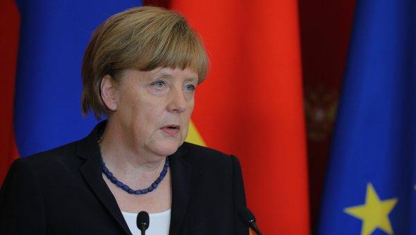 Меркель выступила против возвращения регулярных призывов в Бундесвер