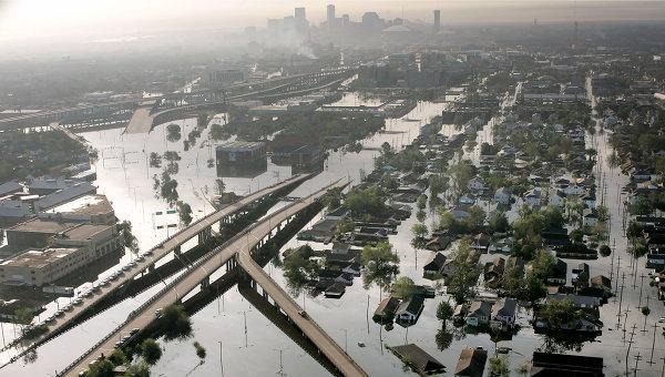 Вид затопленного в результате урагана Катрина Нового Орлеана, США