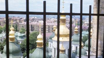 Церковные купола Киево-Печерской лавры. Архивное фото