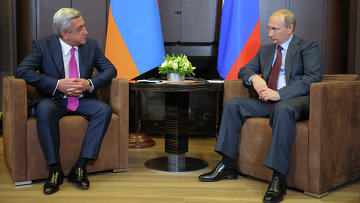Президент РФ Владимир Путин и президент Армении Серж Саргсян. Архив