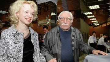 Армен Джигарханян и Виталина Цымбалюк-Романовская. Архивное фото