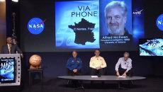 Ученый НАСА объявил о наличии воды на Марсе. Кадры с пресс-конференции