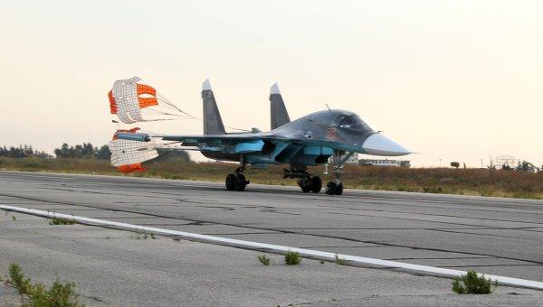 Российские самолеты СУ-34. Архивное фото