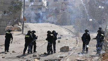 Столкновения израильских полицейских с палестинскими демонстрантами