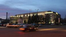 Здание администрации Иркутской области. Архивное фото