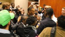 Балтиморцы ворвались в мэрию из-за несогласия с кандидатурой шефа полиции