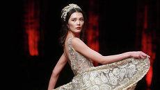 Показ коллекции J.Queen Xie Jiaqi во время Недели моды в Китае, Пекин. Октябрь 2015