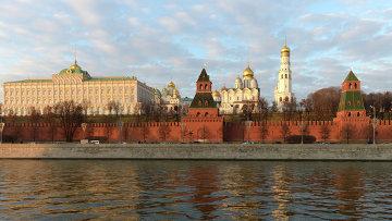 Вид на Московский кремль с Софийской набережной. Архивное фото