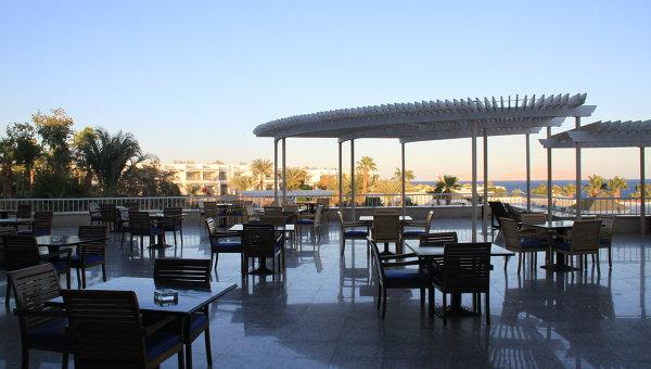 Кафе отеля в Египте. Архивное фото