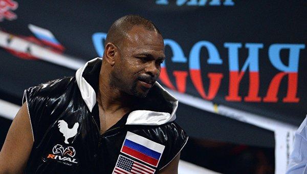 Российско-американский боксер Рой Джонс. Архивное фото