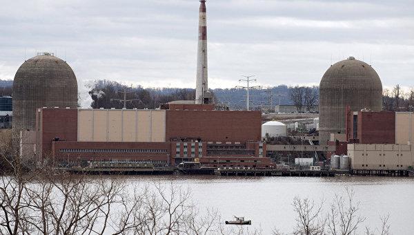 Атомная станция Индиан Пойнт в штате Нью-Йорк, США. Архивное фото