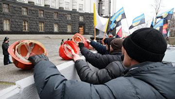 Украинские шахтеры на митинге у здания Верховной Рады Украины. Архивное фото