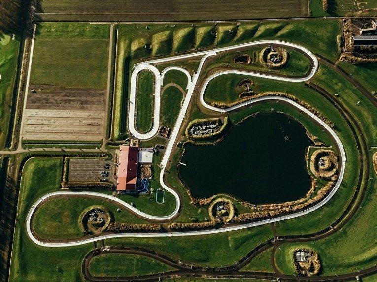 Каток FlevOnice, Нидерланды