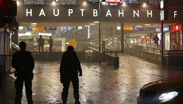 Полиция на главном вокзале Мюнхена, 1 января 2016