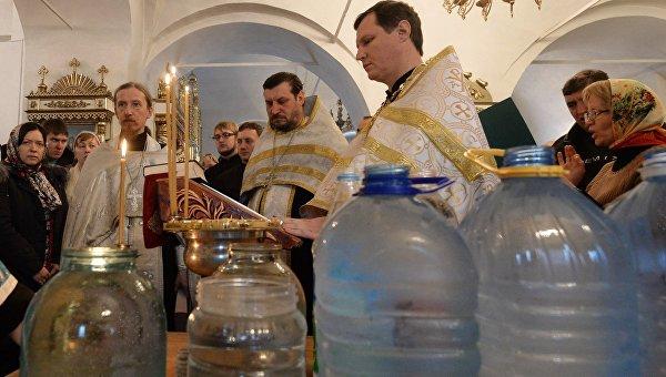 Освящение воды в Крещенский сочельник
