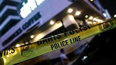 Полицейская лента на месте взрыва в Джакарте