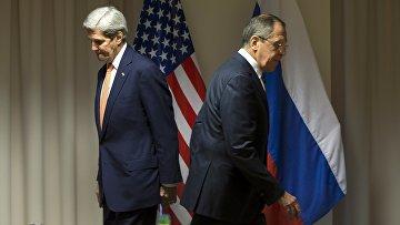 Министр иностранных дел России Сергей Лавров и госсекретарь США Джон Керри во время встречи в Швейцарии