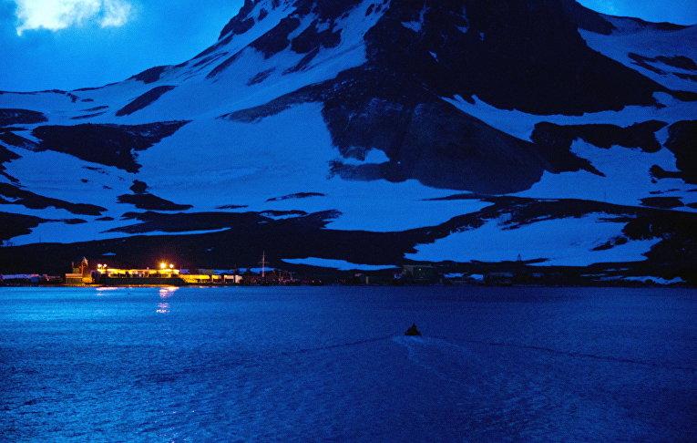 Бразильская антарктическая станция Команданте Феррас