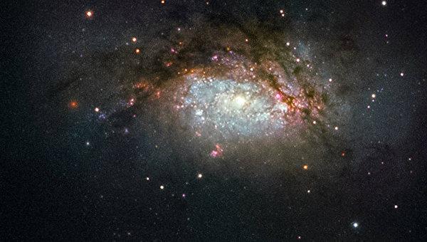 Галактика NGC 3597
