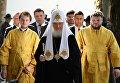 Патриарх Московский и всея Руси Кирилл во время посещения русского участка на кладбище города Асунсьона в рамках своего визита в Парагвай.