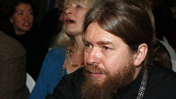 Епископ Тихон тщательно поведал овстрече Владимира Путина состудентами Итона