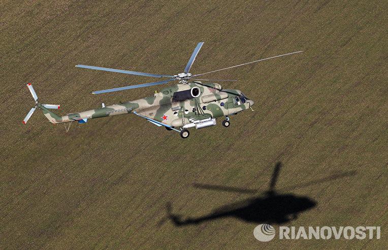 Вертолет Ми-8АМТШ Терминатор во время учебно-тренировочного полета экипажей армейской авиации отдельного вертолетного полка Южного военного округа