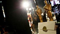 Статуэтки Оскара и конверт на репетиции перед церемонией вручения премии в 2015