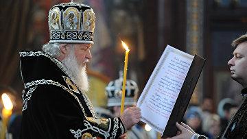 Патриарх Кирилл совершил богослужение с чином погребения плащаницы