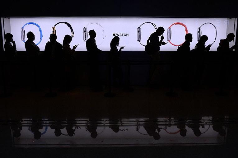 Компания Apple будет снимать телепрограммы ифильмы