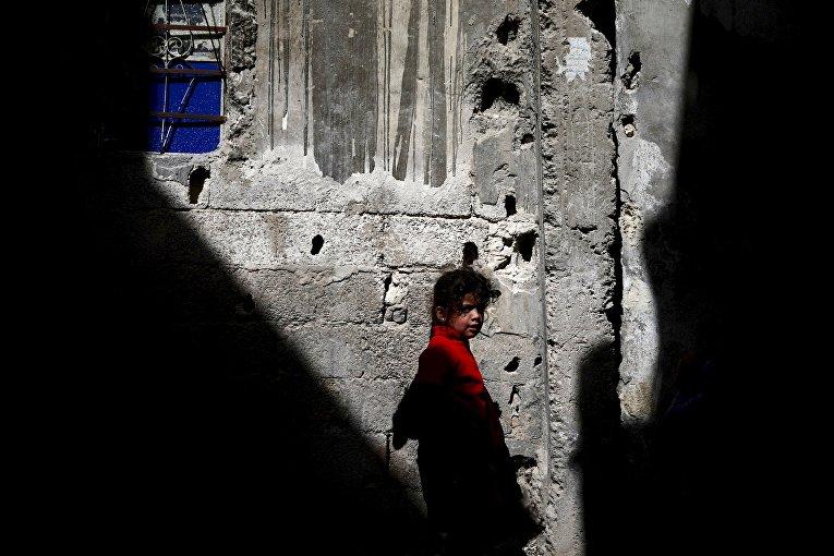 Девочка на улице Дамаска