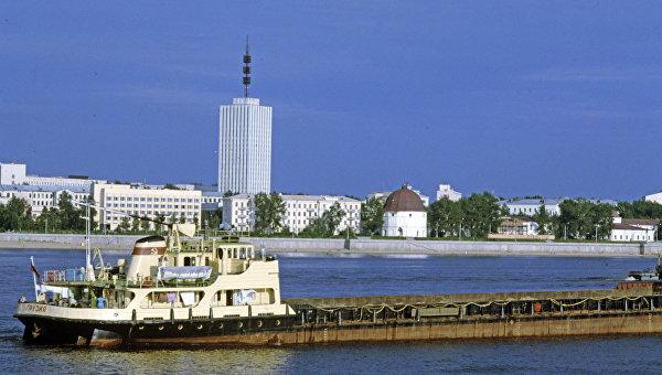 Морской и речной порт. Архивное фото