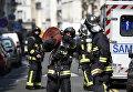 На месте взрыва одного из жилых домов в Париже