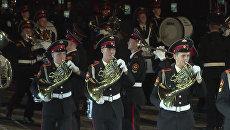 Спасская башня 2010: трубачи-виртуозы и Подмосковные вечера Мирей Матье