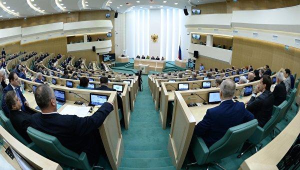 Олланд: Минские соглашения должны быть соблюдены иреализованы вкратчайшие сроки