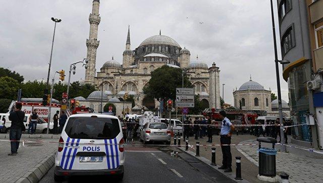 При взрыве на остановке в Стамбуле погибли 11 человек