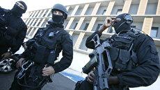Сотрудники спецподразделения французской полиции. Архивное фото