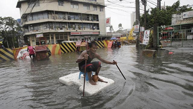Жертвами мощного  затри года тайфуна стали четверо граждан  Филиппин