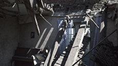 Жилой дом в поселке Никитовка Донецкой области, поврежденный в результате обстрела
