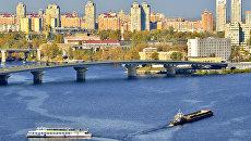 Вид на Киев и мост через Днепр, архивное фото
