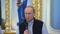 Путин попросил не забывать о погибших в Сирии летчиках и молиться за них