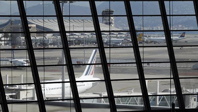 ВНицце частично эвакуирован аэропорт