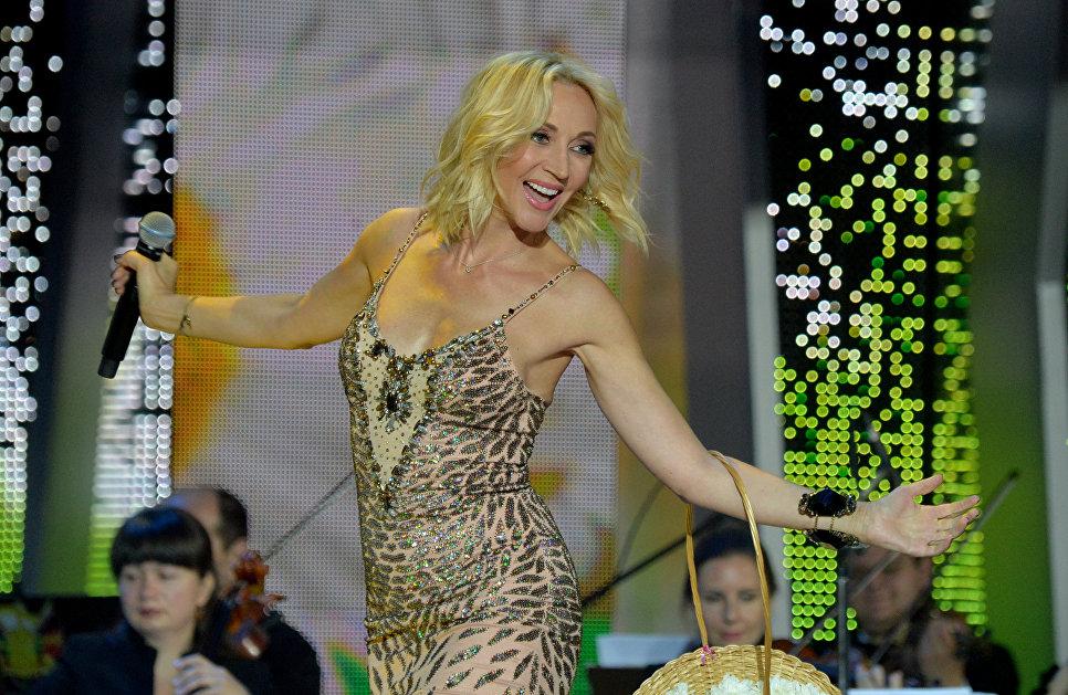 Певица Кристина Орбакайте выступает на открытии XXV Международного фестиваля искусств Славянский базар в Витебске