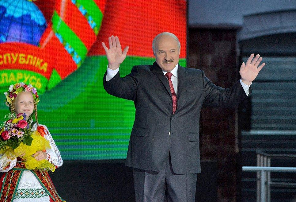 Президент Белоруссии Александр Лукашенко на открытии XXV Международного фестиваля искусств Славянский базар в Витебске.