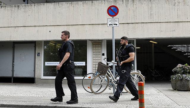 СМИ проинформировали острельбе уздания клиники вБерлине