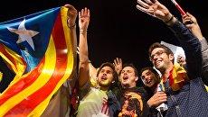 Горожане после досрочных выборов в парламент Каталонии. 2015 год