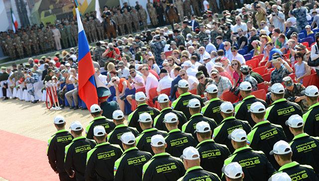 Лидеры впредварительном медальном зачёте АрМИ-2016— сборные РФ, Казахстана иКитая