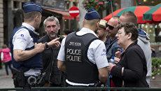 Сотрудники бельгийской полиции во время антитеррористического рейда. Архивное фото