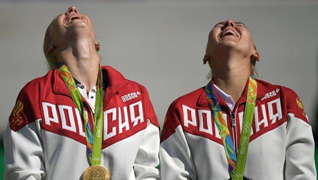 Медведев поздравил теннисисток Веснину иМакарову солимпийским золотом