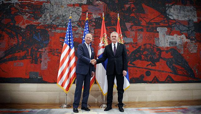 Вице-президент США Джо Байден и президент Сербии Томислав Николич в Белграде. 16 августа 2016